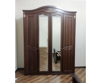 Шкаф 4-х дверный Сорренто темный орех